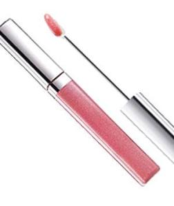 Lip Gloss For the sheerest effect, go for gloss. It's see-through and light-reflecting, so it makes lips look full. Avoid highly frosted formulas, which can look dated.